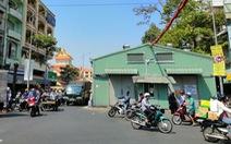 TP.HCM yêu cầu tháo dỡ chợ tạm Bình Tây chiếm dụng lòng đường