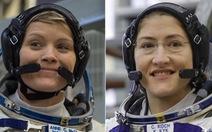 Đội nữ phi hành gia đầu tiên đi bộ trong không gian