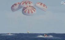 Tàu Crew Dragon trở về an toàn, NASA chuẩn bị đưa người lên ISS
