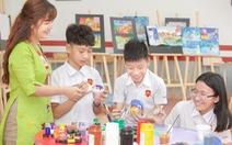 'Giáo dục cần chú trọng dạy người hơn dạy chữ'
