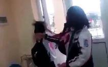 Đình chỉ hiệu trưởng, giáo viên chủ nhiệm không báo cáo vụ nữ sinh bị đánh