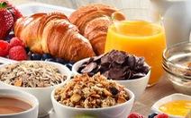 Dân giàu ăn sáng rẻ, dân nghèo ăn sáng đắt