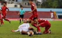 Video màn 'đấu võ' trong trận Hải Phòng và Đà Nẵng với 2 thẻ đỏ trực tiếp