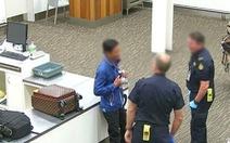 Người Việt bị bắt vì mang cá quý ngàn đô vào Úc