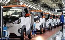 Đua nhau làm xe điện, Trung Quốc đối diện bong bóng kinh tế