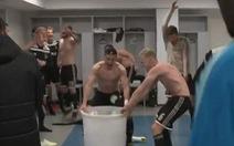 Video cầu thủ Ajax mừng 'điên cuồng' sau khi loại Ronaldo và Juventus