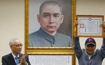 Nghe lời 'thần biển', chủ tịch Foxconn từ chức, ra tranh cử lãnh đạo Đài Loan