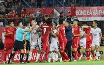 Bạo lực đã trở thành 'bất trị' với bóng đá Việt?