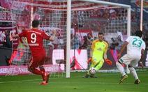 Thắng nhẹ Bremen, 'Hùm xám' tạm hơn Dortmund 4 điểm