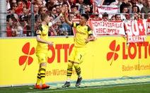 'Thần đồng nước Anh' Sancho giúp Dortmund đuổi sát 'Hùm xám'