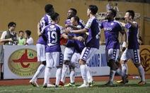 Sân Hàng Đẫy: Chiến thắng vất vả với Hà Nội