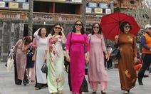 Miễn vé tham quan di tích Huế cho phụ nữ mặc áo dài ngày 20-10