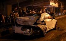 Xe tông liên hoàn trên đường Láng nửa khuya, một công nhân vệ sinh chết
