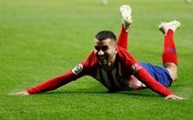 Atletico Madrid ngăn không cho Barcelona vô địch sớm