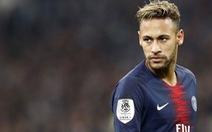 'Chửi' trọng tài trên mạng xã hội, Neymar bị treo giò ba trận