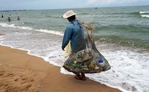 Bãi tắm 'bỏ hoang' ở Bà Rịa - Vũng Tàu đầy rác