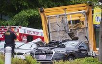 Mỹ: cần cẩu rớt thẳng xuống giữa đường khiến 4 người thiệt mạng