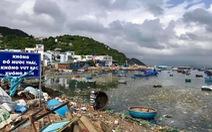 Ngột ngạt những bãi biển rác bao vây tứ bề