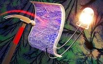Siêu tụ điện vẫn hoạt động sau 40 lần bị đập bằng búa