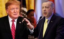 Mỹ giận vì Thổ 'bắt cá 2 tay'?
