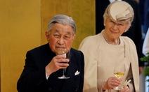 Nhật hoàng phụng sự tận tâm, được dân thương tận lòng