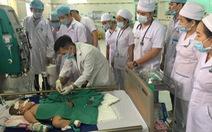 Lọc máu cứu sống bệnh nhi mắc tay chân miệng biến chứng