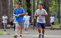 Mỗi ngày đi bộ 15 phút, mỗi năm thế giới có thêm 100 tỉ đô