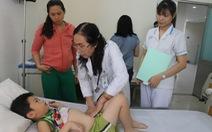 61 học sinh tiểu học TP.HCM nhập viện nghi ngộ độc thực phẩm
