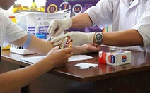 Đã tạm giữ 'kẻ lạ' đâm 10 người ở quận 5 khiến họ phải điều trị phơi nhiễm HIV