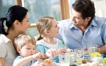 Tập cho trẻ cách ăn uống thông minh