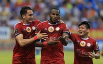 Sân Cửa Ông: Được trọng tài 'cứu' nhưng Than Quảng Ninh vẫn thua