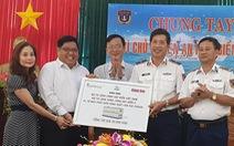 Tặng Cảnh sát biển Vùng 3 máy phát điện trị giá hơn 700 triệu đồng