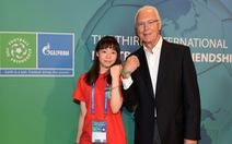 Cầu thủ nhí Việt Nam được giao lưu cùng huyền thoại Franz Beckenbauer