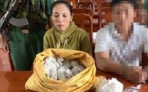 Bắt một phụ nữ mang thuốc nổ bán cho tàu cá