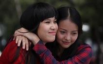 Nữ họa sĩ Đặng Ái Việt vào vai sư cô trong 'Sóng mồ côi'