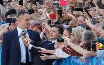 Tân Tổng thống Ukraine nhậm chức rất bình dân