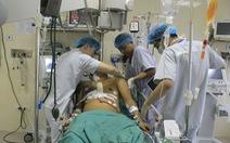 Vỡ tim, máu phun xối xả sau tai nạn giao thông