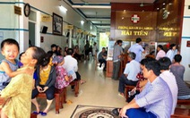 50 du khách nhập viện vì ngộ độc thực phẩm