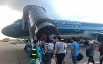 Tiếp viên trưởng Vietnam Airlines bị khám xét, nghi buôn lậu từ Nhật