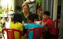 Lớp tiếng Anh miễn phí của cô Hương