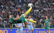 Ronaldo tái hiện thất bại cú 'xe đạp chổng ngược' khi đối đầu với Buffon