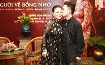 Lần đầu tiên Khánh Ly song ca với Tùng Dương