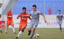Sân Hòa Xuân: Đội đầu bảng TP.HCM nếm trái đắng