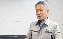 Nhà khoa học đoạt Nobel chế tạo khối phổ kế nhỏ nhất thế giới