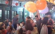 Hà Nội cấm sử dụng bóng cười cho mục đích giải trí