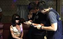 Đài Loan bắt người Việt chuyển giới, không biết nhốt bên nào
