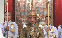 Nhà vua Thái Maha Vajiralongkorn đăng cơ