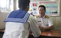 Tổ tư vấn '3 người 5 biết' của hải quân