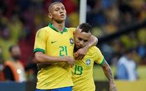 Video Brazil trút mưa bàn thắng vào lưới Honduras
