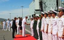Tàu hải quân Hoàng gia Canada cập cảng quốc tế Cam Ranh